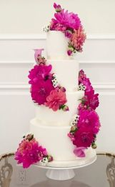 http://www.modwedding.com/galleries/wedding-cakes-desserts/wedding-cakes-4-11262016-km/?gallery=175426145&index=21&source=gallery&ad=&tag=false
