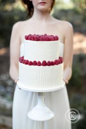 http://www.sweetandsaucyshop.com/wedding-cakes/buttercream-cakes/