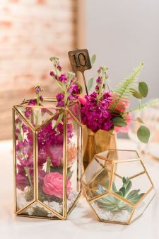 http://ruffledblog.com/brightly-colorful-sequined-wedding/?utm_source=bloglovin.com