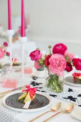 http://www.100layercake.com/blog/2014/02/03/modern-pink-black-white-party-ideas/