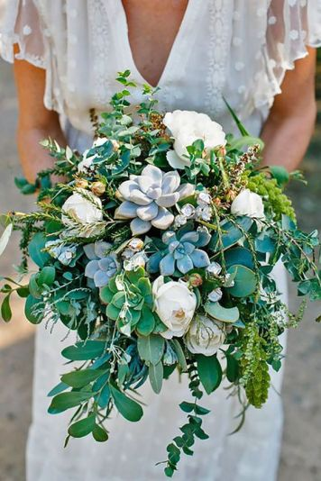 zielony bukiet slubny z sukulentami | greenery wedding flowers