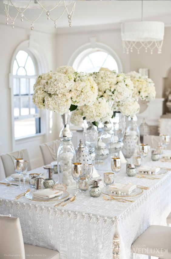 white and golden exotic chic wedding table