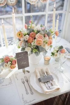 wedding table decor simple and romantic