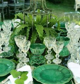 Emerald & green wedding table