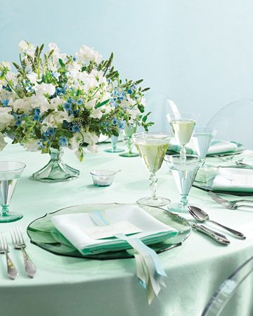 wedding table decor mint and pale blue