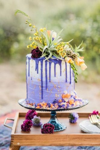 wedding cake rich blue rustic